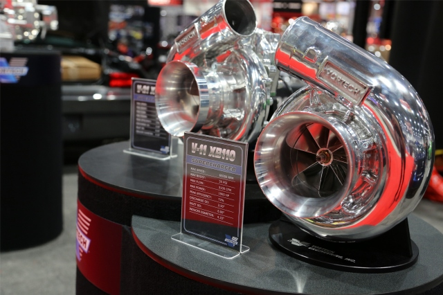 V-11 XB110 & V-21 XB110 Superchargers on Display in the Vortech Booth
