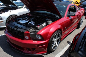 Red V-2 Si Supercharged S281 Saleen