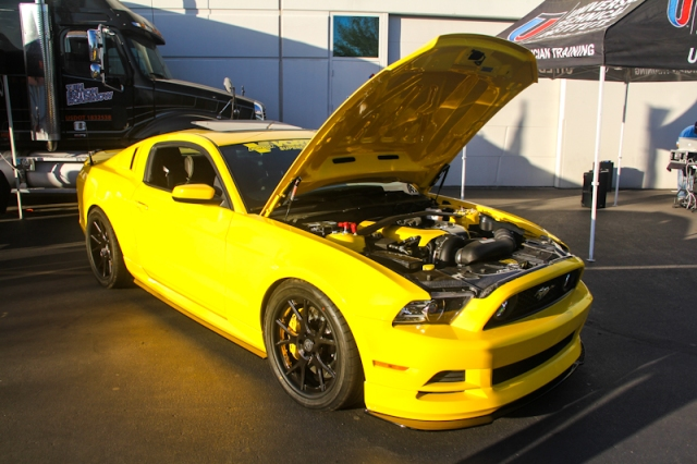 """Vortech's V-3 Si Supercharged """"Yellow Jacket"""" 5.0L Mustang GT"""