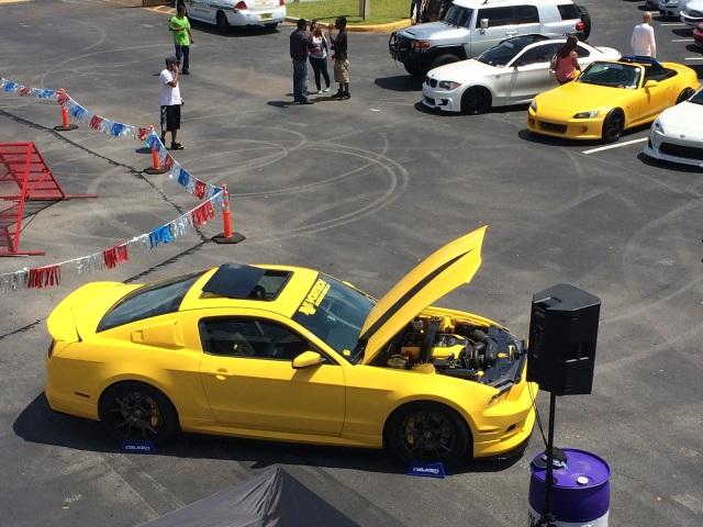 Vortech V-3 Si Supercharged Yellow Jacket Mustang GT