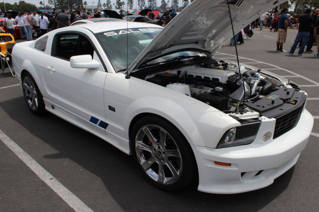 White Vortech V-2 T Supercharged Saleen S281 Mustang